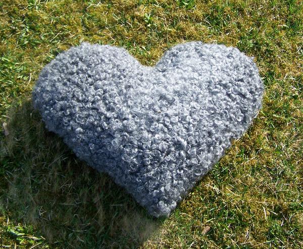 Hjärta en kudde av lammull